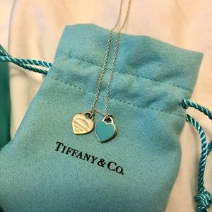 Tiffany double heart 16in necklack excellent condi
